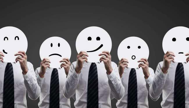 Nắm bắt cảm xúc khách hàng