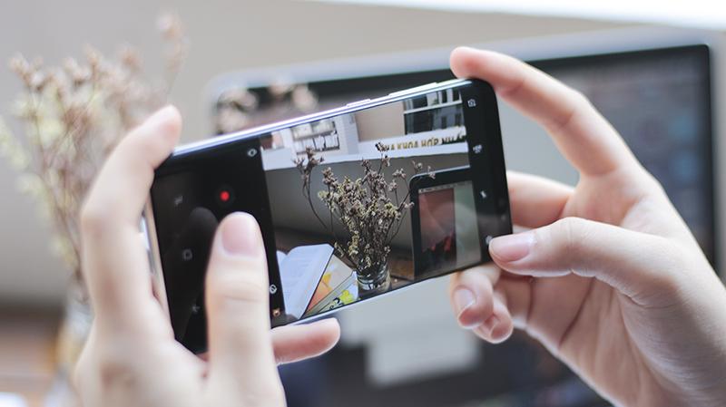 Galaxy S9 sở hữu 1 camera 12MP, khẩu độ thay đổi linh hoạt từ f/1.5-2.4